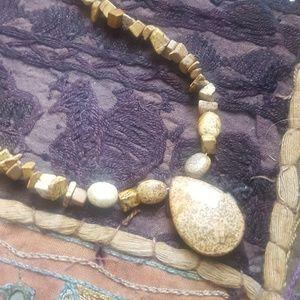 Stone bead necklace & pendant